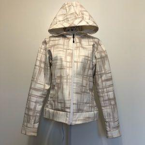 Columbia plaid Omni-shield water resistant jacket